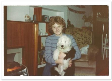 Mum holding digger 83